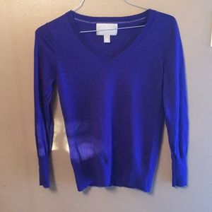 Banana Republic Large Blue Vneck wool sweater
